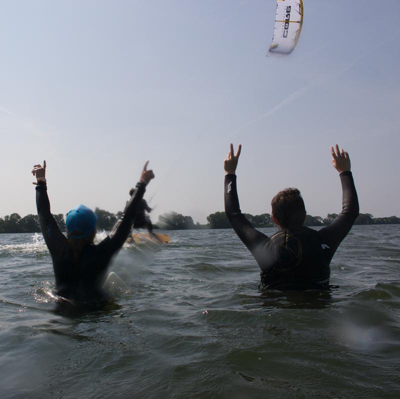 Eerste keer kitesurfen in Muiderberg